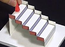 'Lú như con cú' với chiếc cầu thang xoay 3D - Ảo giác ấn tượng nhất năm 2020 vừa rồi