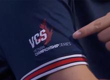 """PSG tạo """"địa chấn"""" sau màn hủy diệt HLE, nhưng màn vinh danh VCS của Maple mới khiến cộng đồng Việt """"nức lòng"""""""