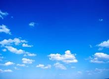Câu hỏi xoắn não: Tại sao bầu trời có màu xanh và vũ trụ có màu đen?