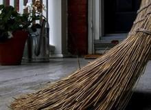 Muốn may mắn cả năm, nhất định phải kiêng quét nhà trong ngày mùng 1 tết