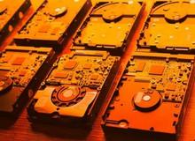 """Nhu cầu đào coin bằng HDD tăng cao, NSX Trung Quốc ra mắt bo mạch chủ """"siêu to khổng lồ"""" lắp được 32 ổ 14TB cùng lúc"""