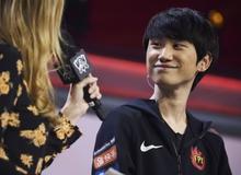 """Ăn Pentakill với Lee Sin giúp FPX ngược dòng đánh bại RNG, Doinb được ca tụng là """"đấng toàn năng đường giữa"""""""