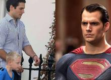 """Khoe """"chú tôi là Superman"""" nhưng chả ai tin, cậu bé dắt luôn siêu nhân xịn cho cả trường thấy"""