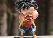 """Mô hình """"Luffy bị đấm"""" cháy hàng, các fan One Piece phải chăng rất thích main bị """"bón hành""""?"""