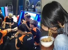 """So độ """"đạt chuẩn"""" giữa khẩu phần ăn của tuyển thủ và """"combo"""" ngồi net game thủ Việt?"""