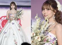 Thiên thần 18+ Yua Mikami đẹp như tiên nữ trên sàn catwalk, fan lại thấp thỏm lo lắng vì sợ idol bỏ nghề