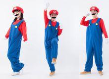 Chiêm ngưỡng bộ đồ cosplay Mario cực dễ thương