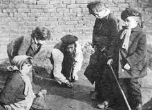 Những trò chơi từng khiến trẻ em những năm 1800 mê mẩn