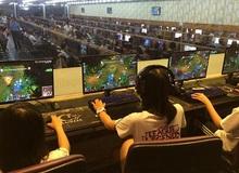 Gamer Việt bàng quan khi Gcafe trên 2600 quán net bị kiện bản quyền