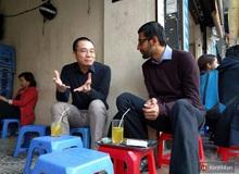 Nguyễn Hà Đông ngồi uống trà đá vỉa hè với CEO Google