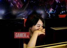 Team nữ Liên Minh Huyền Thoại bật khóc sau khi thua trận tại Hà Nội