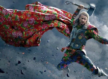 """Siêu anh hùng Avengers khoác """"vỏ chăn"""" trong trào lưu chế ảnh"""