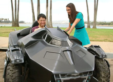 Chiếc xe bọc thép của Batman xuất hiện ngoài đời thực