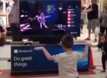 Bá đạo nhóc game thủ nhảy nhuyễn như vũ công