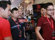 Đột nhập hội trường thi đấu hoành tráng của chung kết AoE Việt Trung 2015 trước giờ G