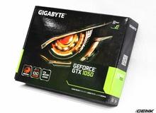 Gigabyte GTX 1050 WINDFORCE OC 2GB: Backplate hầm hố, tản nhiệt rất tốt