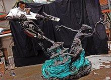 Choáng váng với bức tượng Lucian LMHT chất đến từng... lỗ chân lông