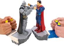 """Trở về tuổi thơ dữ dội với bộ đồ chơi siêu anh hùng phong cách cực """"ngố"""""""