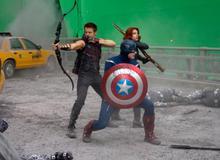 Nhìn lại 28 bức ảnh hậu trường công phu của bom tấn The Avengers
