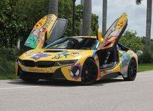 Thanh niên người Mỹ khoe siêu xe BMW i8 giá hơn 7 tỷ với phong cách Pokemon