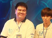 Liên Minh Huyền Thoại: Được học sinh giỏi, game thủ lớp 11 được bố mẹ dẫn đến gặp QTV