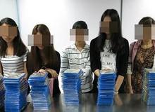 8 sinh viên nữ vừa bị bắt vì buôn lậu đĩa game PS4