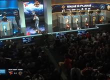 Bất ngờ khi cả hội trường game cả trăm người bỗng đứng yên như tượng