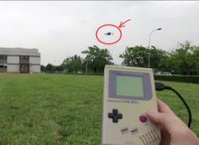 Game thủ biến máy Game Boy cũ thành điều khiển drone