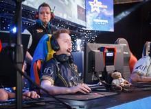 """Valve mạnh tay chỉnh sửa Counter-Strike, """"game thủ thứ 6"""" hết cách giúp đồng đội"""