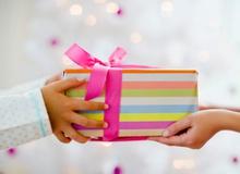Mách nước bạn gái những món quà khiến bạn trai game thủ sung sướng tột bậc mùa Giáng sinh