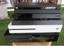 Cùng theo dõi chùm ảnh dưới đây để phân biệt rõ về PS4 Slim, PS4 và Xbox One