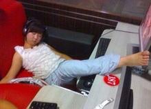 Những tư thế ngủ bá đạo nhất của game thủ tại quán Net