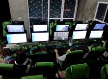 Giật mình: Quán net khủng 2 màn hình có giá chỉ 3500 đồng một giờ, net cỏ đã hết thời?