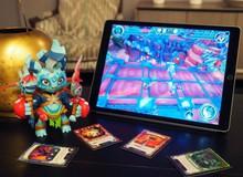 """Lightseekers - Kiệt tác ARPG kết hợp """"đồ chơi"""" thực tế cực ngầu"""