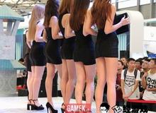 Miên man với đôi chân dài của dàn showgirl tại ChinaJoy 2017