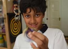 Cậu bé 11 tuổi có điểm số IQ cao hơn cả Albert Einstein và Stephen Hawking