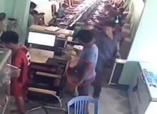 To gan thò tay ăn trộm ngay tại bàn tính tiền, đạo chích bị chủ quán net tại Lạng Sơn bắt tại trận và cái kết