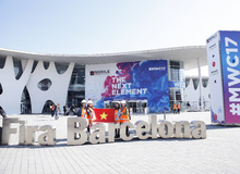 Quốc kì Việt Nam tung bay tại Hội nghị di động lớn nhất thế giới