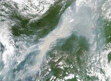 Cháy rừng lớn nhất ở Siberia trong vòng 10.000 năm, nhìn từ vệ tinh của NASA
