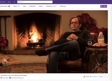 Chỉ có mỗi việc ngồi im trước lò sưởi rồi... stream, cha đẻ Overwatch cũng khiến hàng vạn game thủ theo dõi không rời mắt
