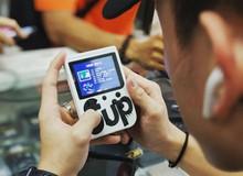 Cùng trở về tuổi thơ dữ dội với máy chơi game 4 nút 168 in 1, đang gây sốt trong cộng đồng mạng Việt Nam