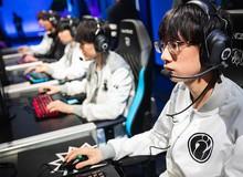Chuyển nhượng LMHT 2019: Ông chủ Vương Tư Thông ngỏ lời tâm huyết, Invictus Gaming vung núi tiền giữ chân tuyển thủ Hỗ trợ Baolan