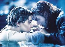 Mệt mỏi vì khán giả thắc mắc 20 năm, đạo diễn Titanic hé lộ lí do tại sao Jack không trèo lên cánh cửa cùng Rose để sống sót
