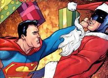 """Đóng giả làm Ông già Noel trong đêm Giáng Sinh, Batman bị Superman """"tẩn"""" vì tội lừa đảo"""