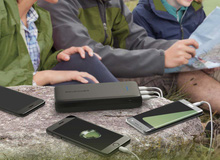 Những cục sạc dự phòng tuyệt hảo game thủ mê chinh chiến trên điện thoại cần mua ngay