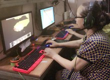 """Khâm phục nữ game thủ lão làng nhất Việt Nam, ngoài 60 tuổi vẫn """"đánh chế"""" như thường"""