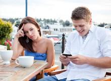 Đây là những thời điểm thích hợp nhất mà bạn không nên sử dụng smartphone