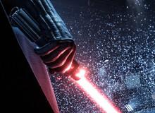 """""""Kiếm ánh sáng"""" trong Star Wars được bán với giá không tưởng: 5,5 tỷ đồng"""