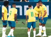 """[Video] Toàn cảnh màn ăn mừng """"ném Flash"""" đậm chất CS:GO của Neymar"""