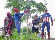 Thanh niên khoe ảnh chụp thân mật cùng cả dàn siêu anh hùng, còn cả gan sai Spiderman, Deadpool và Captain đi bọc đu đủ